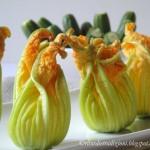 Fior fiori di zucca ripieni con mozzarella di bufala