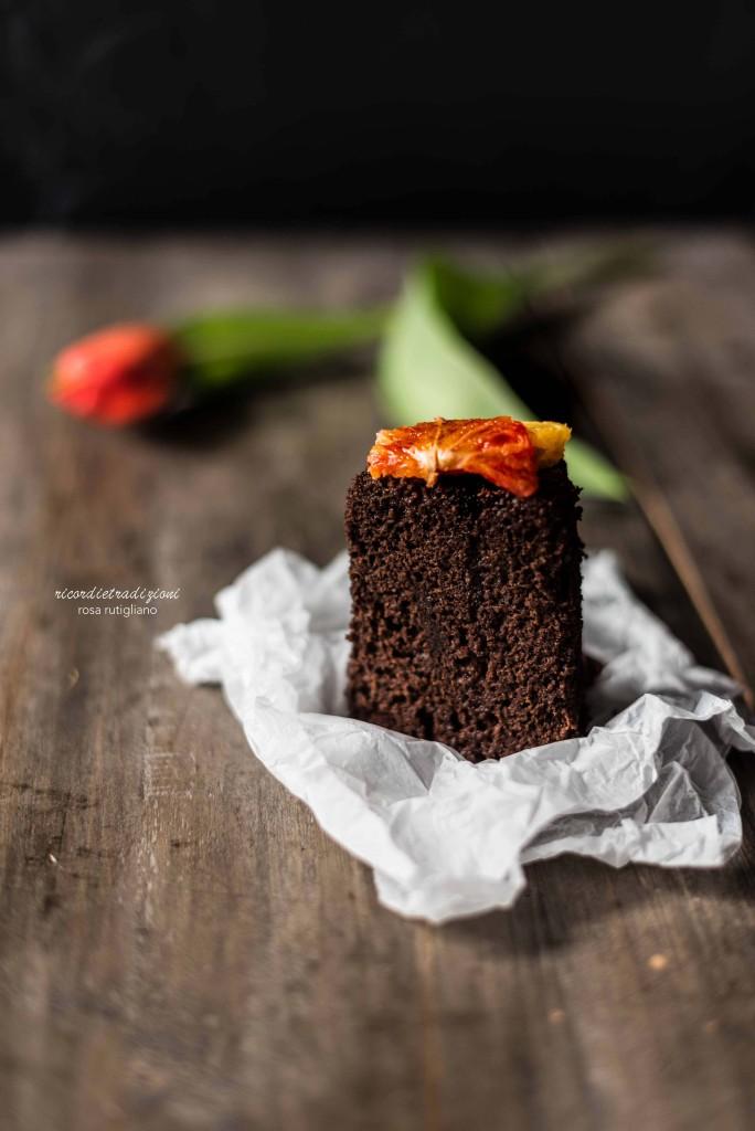 Fluffosa al cioccolato profumata all'arancia speziata_fetta