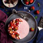 Cheesecake alle fragole con cioccolato fondente – no bake